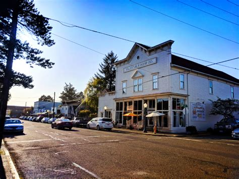 Cute Shops in Old Town Florence Oregon Coast 2 - 2 Travel Dads