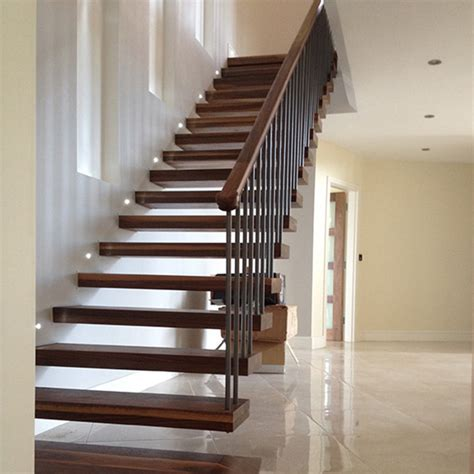Professional Modern Floating Staircase Design