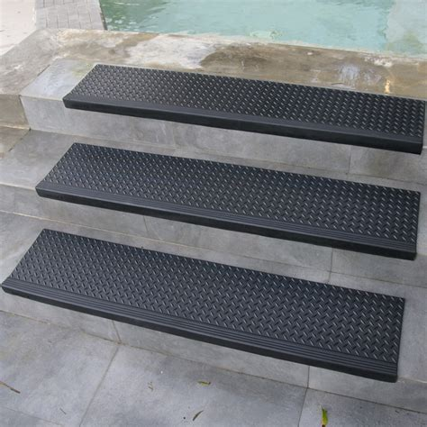"""""""Diamond-Plate Commercial"""" Rubber Stair Treads - (6 Packs)"""